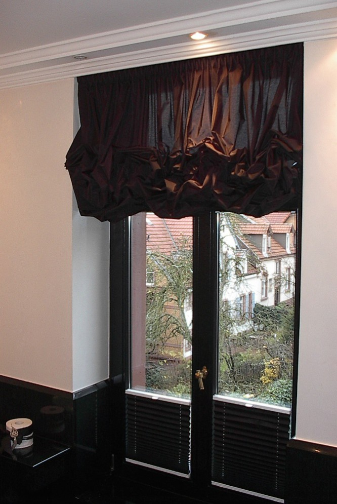 elegante raffrollos icnib. Black Bedroom Furniture Sets. Home Design Ideas