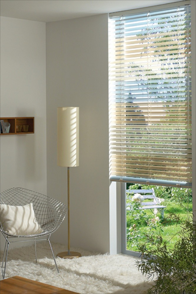 rollo sichtschutz fabulous bambus als sichtschutz image. Black Bedroom Furniture Sets. Home Design Ideas